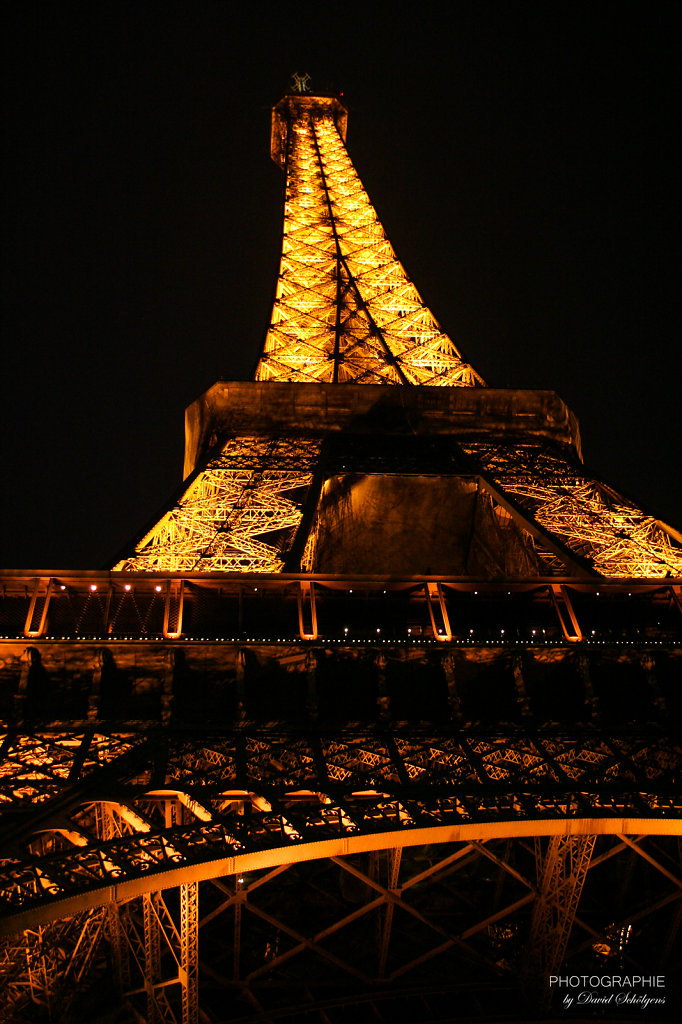 Eiffelturm bei Nacht / Eiffel Tower at night